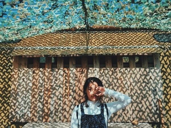 Những kiểu dáng tạo hình lên ảnh đẹp So Kute dành cho các bạn gái - zphotos.org