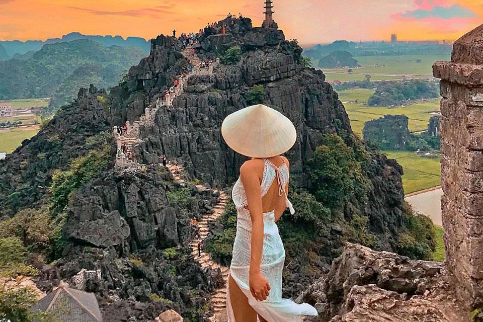 Tour du lịch Hang Múa - Tràng An Ninh Binh 1 ngày - Bigtravel.vn