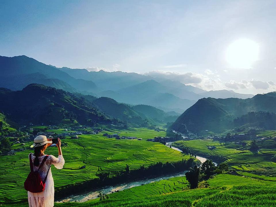 """Combo Sapa - Khách sạn 3 Sao View Núi (Tha hồ Checkin Sống """"Ảo"""") - Bigtravel.vn"""